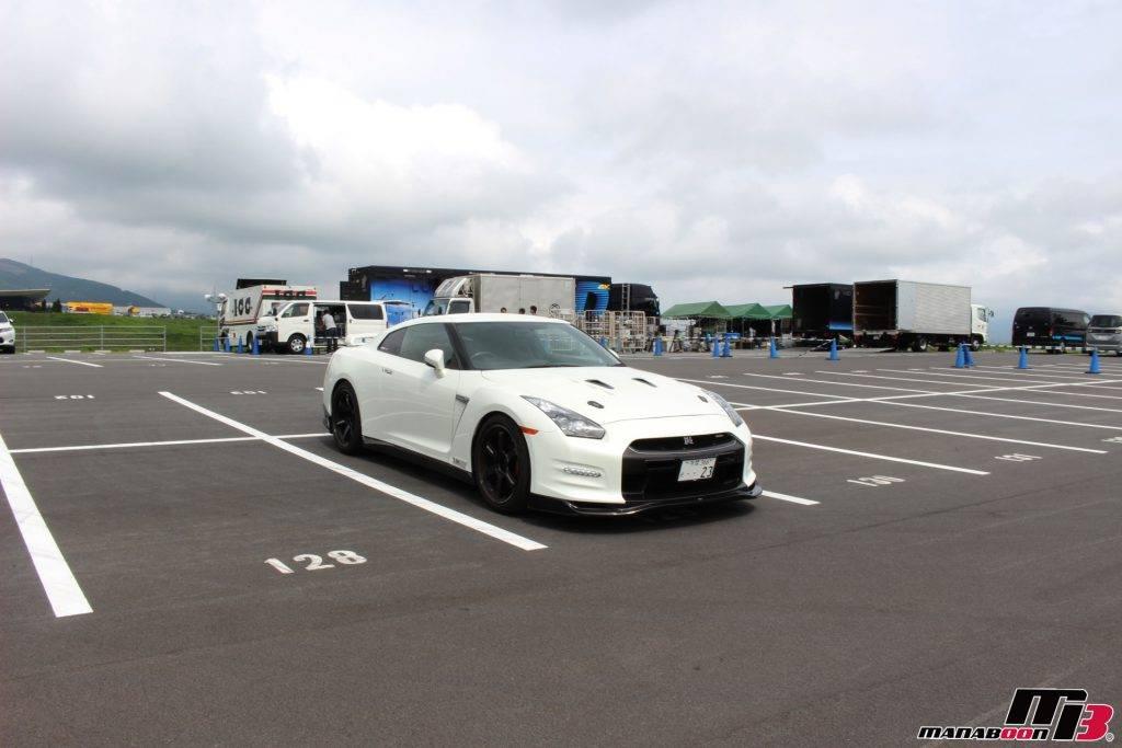 富士スピードウェイ 35GT-R画像
