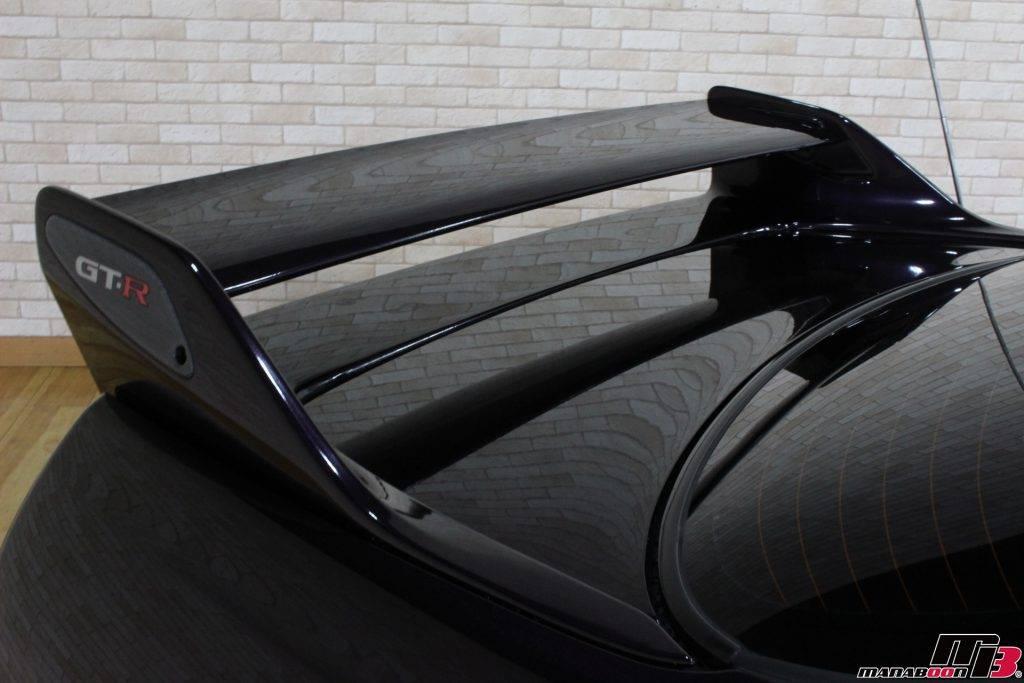スカイラインGT-R(R33)純正リアウィング画像