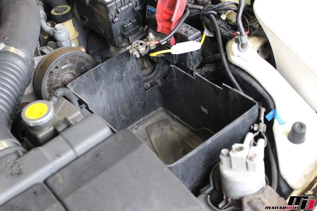RX-7バッテリー取り外し後画像