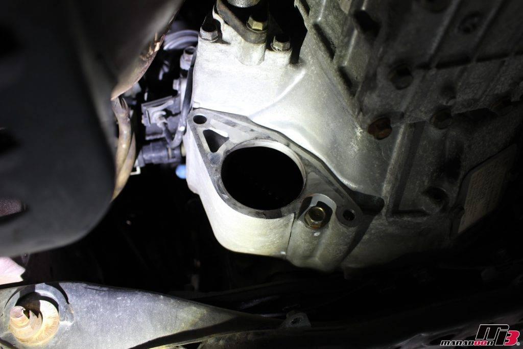RX-7(FD3S)エンジンスターター取り外し後画像