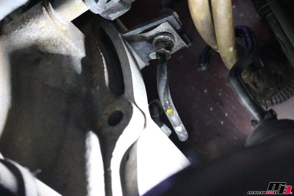 RX-7(FD3S)クラッチレリーズ交換画像