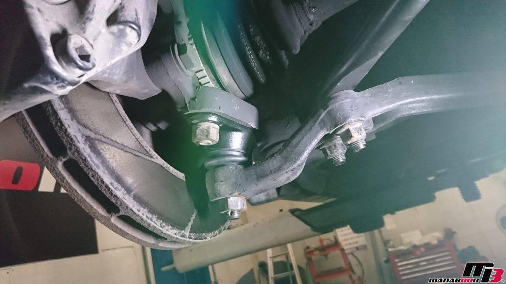スカイラインGT-R(BCNR33)ロアボールジョイント交換画像