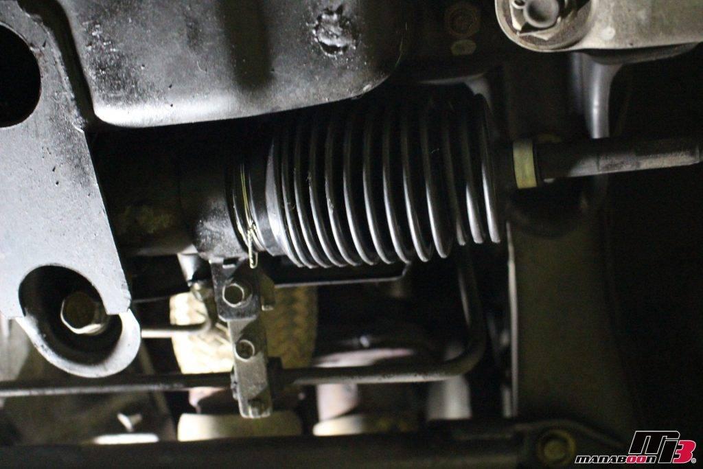 スカイラインGT-R(R33)ステアリングラックブーツ画像