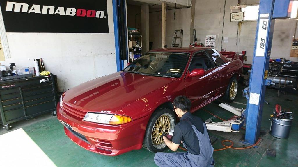 スカイラインGT-R( BNR32)タイヤ交換画像