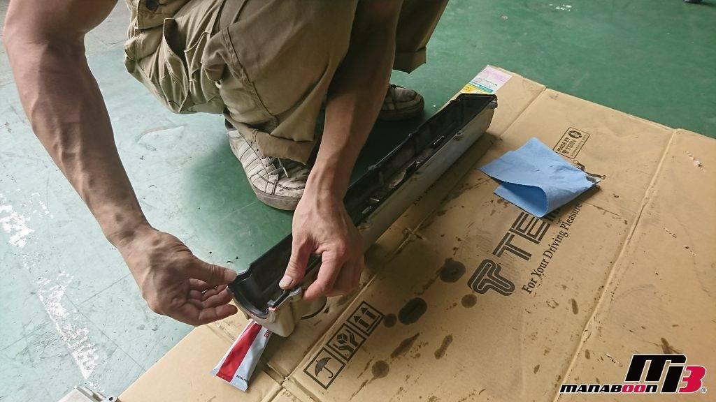 スカイライン(R32)タペットカバーパッキン交換画像
