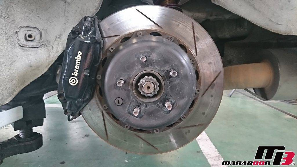 スカイラインGT-R(BNR32)ブレーキローター&ブレーキパッド交換画像