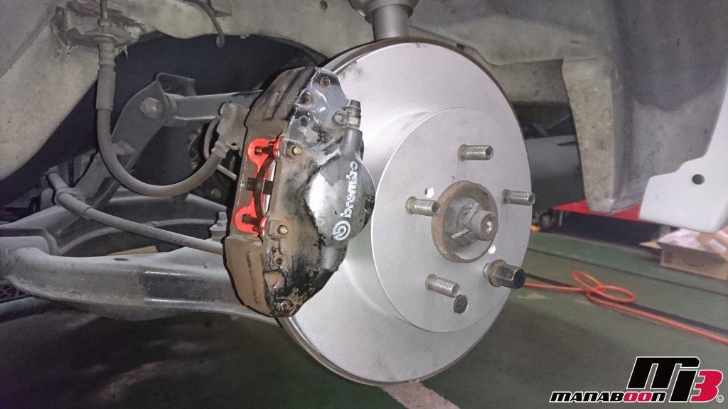 スカイラインGT-R(BCNR33)ボレーキパッド&ローター交換画像