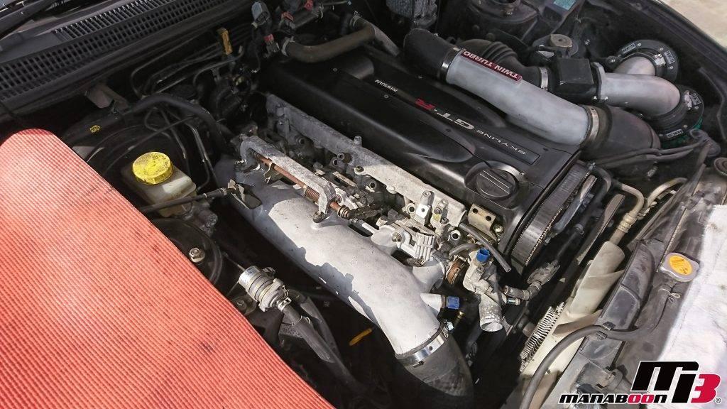 スカイラインGT-R(BCNR33)エンジンルーム整備画像
