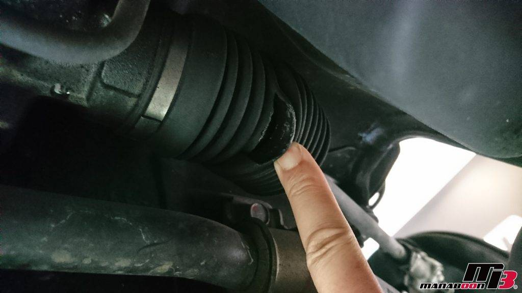 GTO(Z15A)ステアリングラックブーツ交換画像