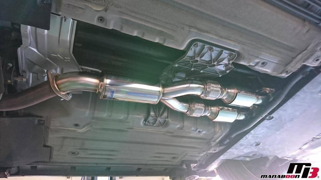 GT-R(R35)キャタライザー取付画像
