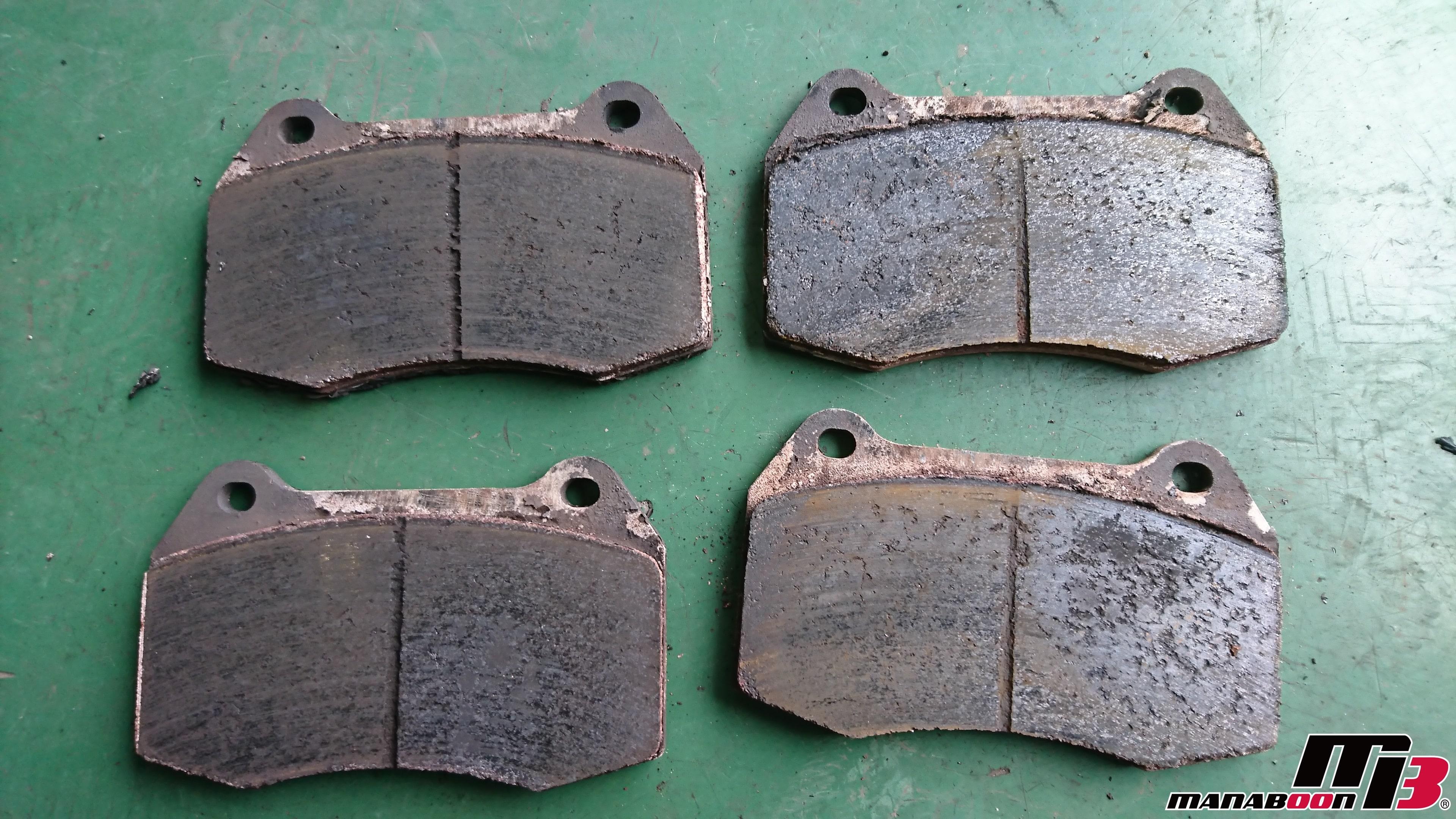 フェアレディZ(Z33)ブレーキパッド交換画像