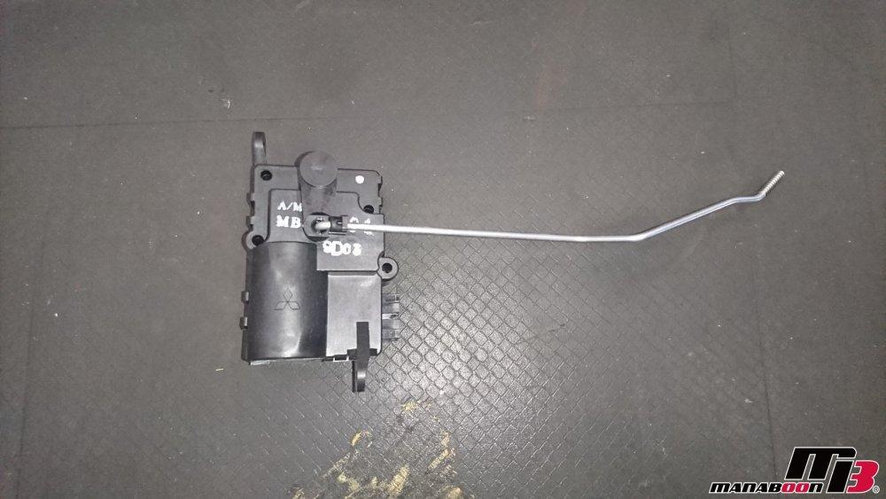 ランサーエボリューションV(CP9A)エアコン修理修理画像