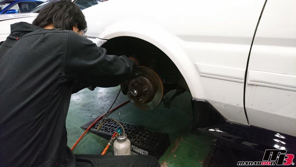 神奈川県のスポーツカー専門メンテナンス画像