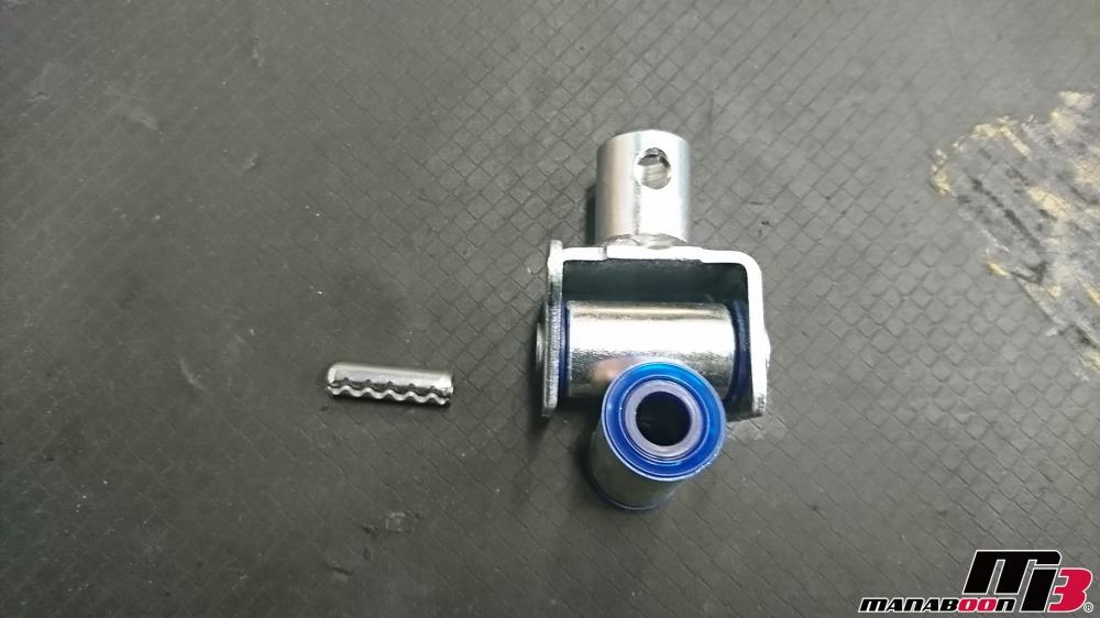 レガシィB4(BE5)シフトカラー交換画像