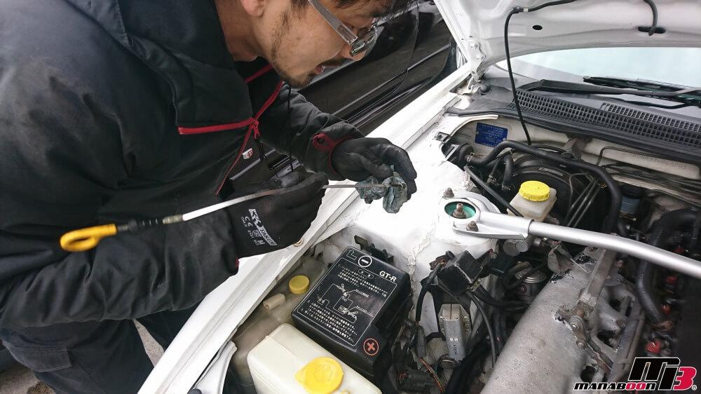 スカイラインGT-R(BCNR33)点検整備作業の画像