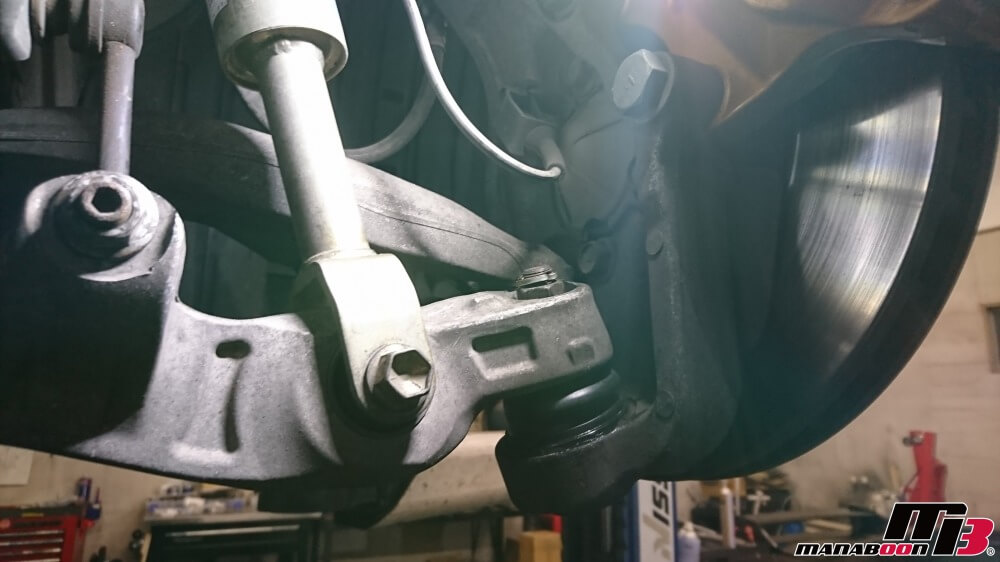 フェアレディZ(Z33)ボールジョイントブーツ交換作業の画像