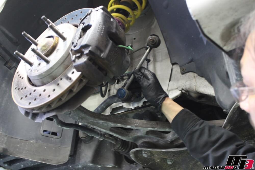 BMW M3(E46)スタビリンク交換作業の画像