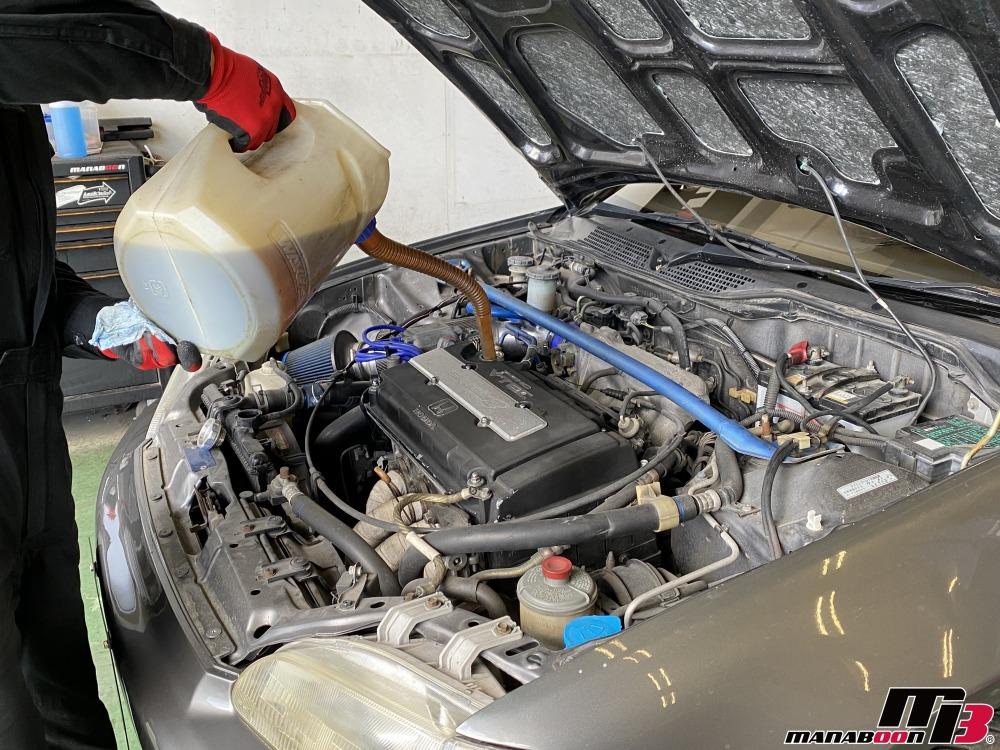 シビック(EG6)エンジンオイル交換作業の画像