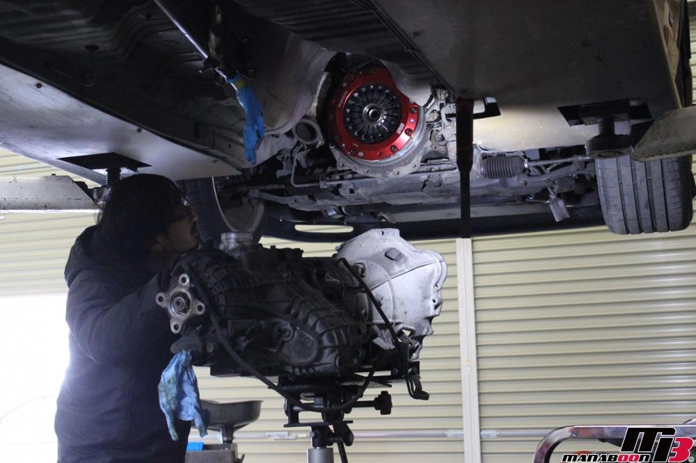 スカイラインGT-R(BCNR33)クラッチ&スターター交換作業の画像