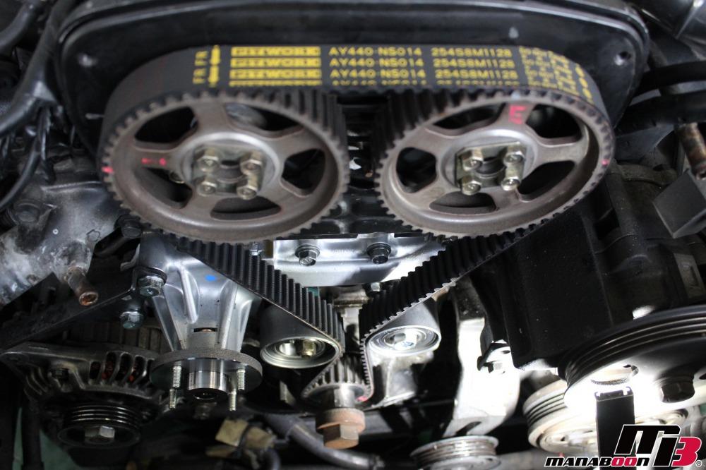 RB26DETTタイミングベルト交換作業の画像