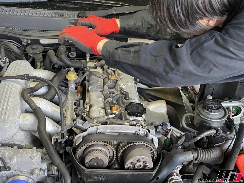 アルテッツァ(SXE10)オイル漏れ修理作業の画像