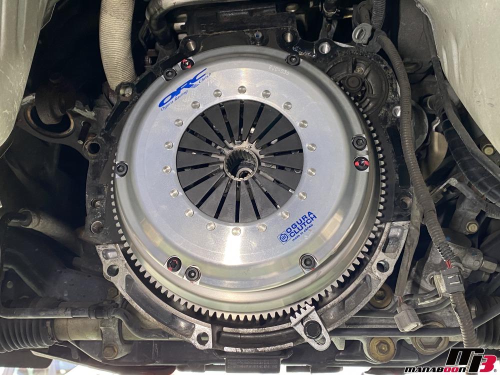 アルテッツァ(SXE10)クラッチ交換作業の画像