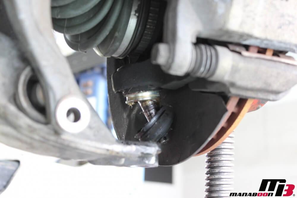 シビックタイプR(EK9)ロアボールジョイントブーツの交換の作業画像