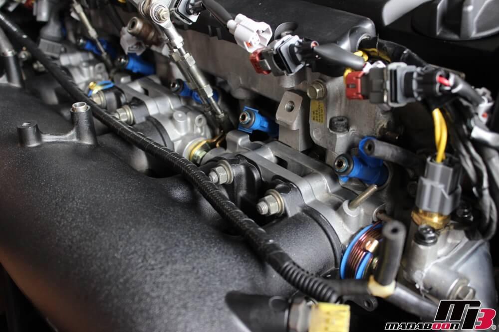 スカイラインGT-R(BNR32)スロットル交換作業の画像