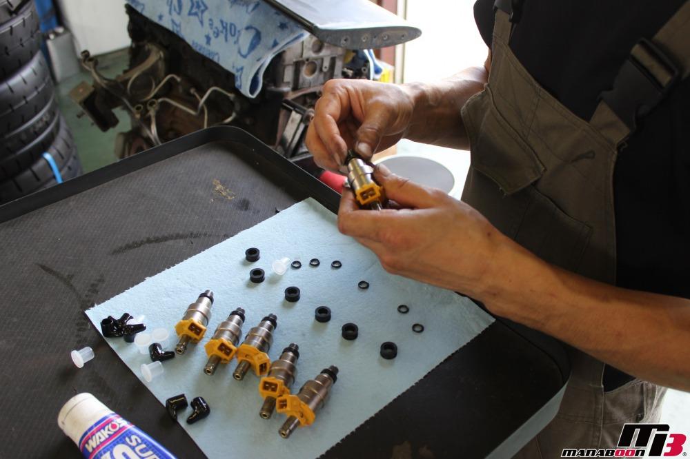 スカイラインGT-R(BCNR33)インジェクター交換作業の画像