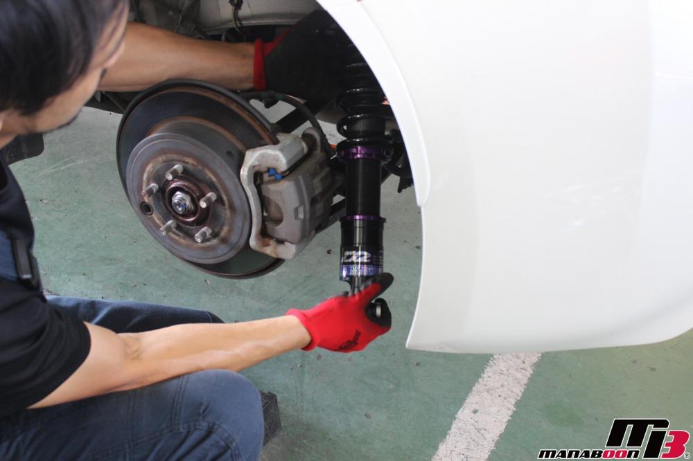 86(ZN6)車高調取付作業の画像