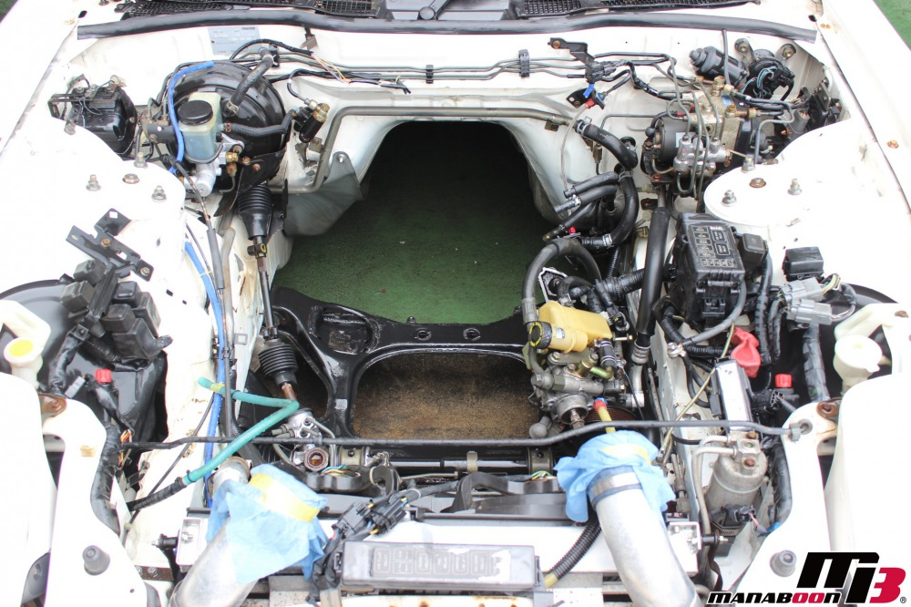 RX-7(FD3S)エンジン降ろし作業の画像