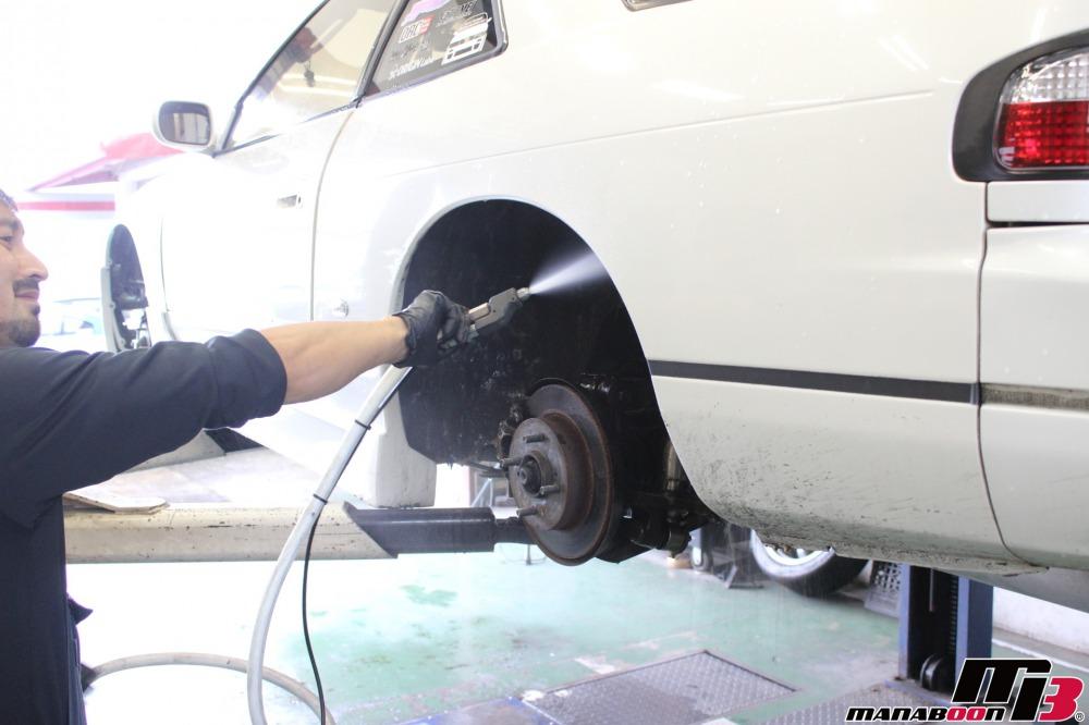 シルビア車検の為の点検整備作業の画像