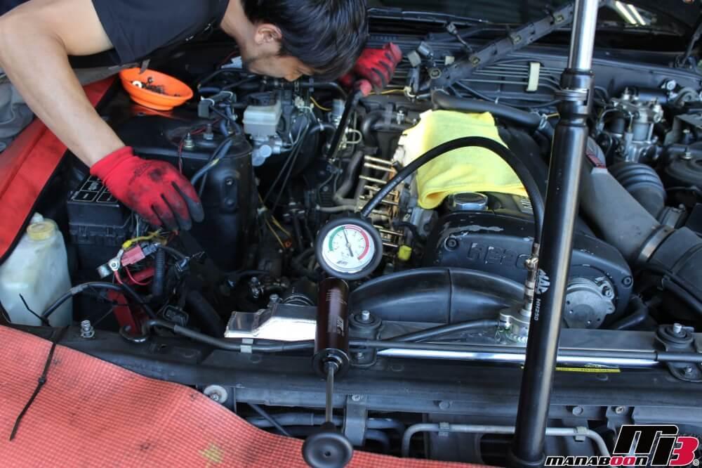 スカイラインGT-RのLLC漏れ修理作業の画像