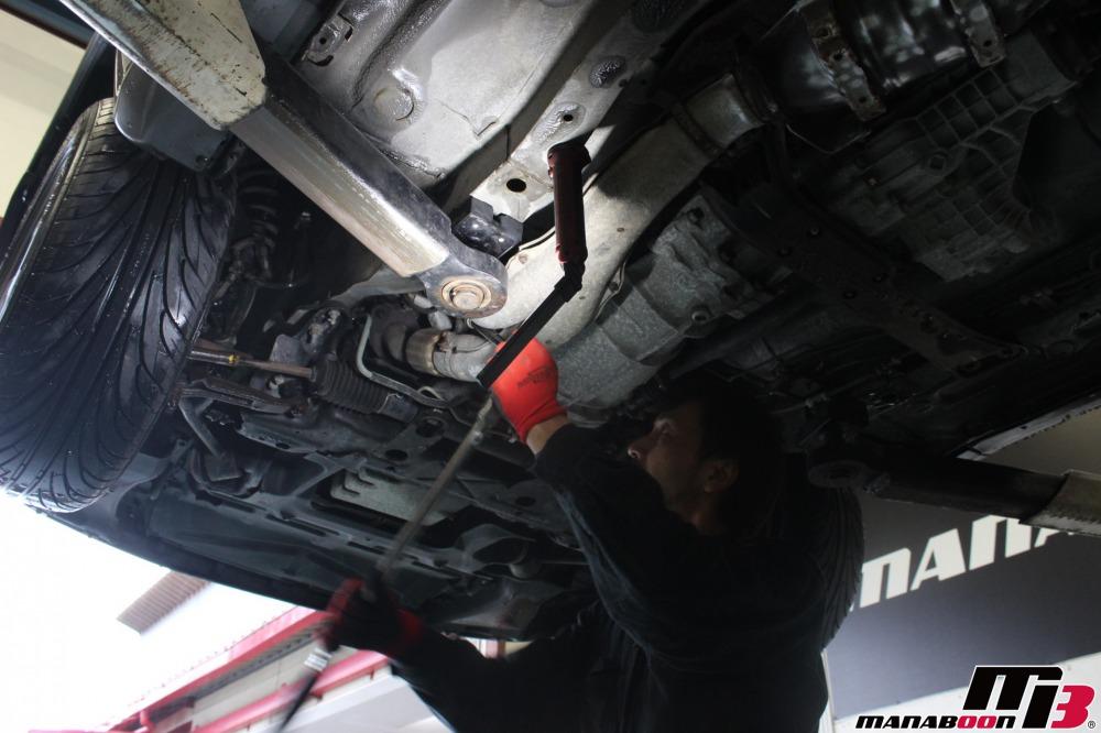 スカイラインGT-R(BNR32)パーツ取付作業の画像