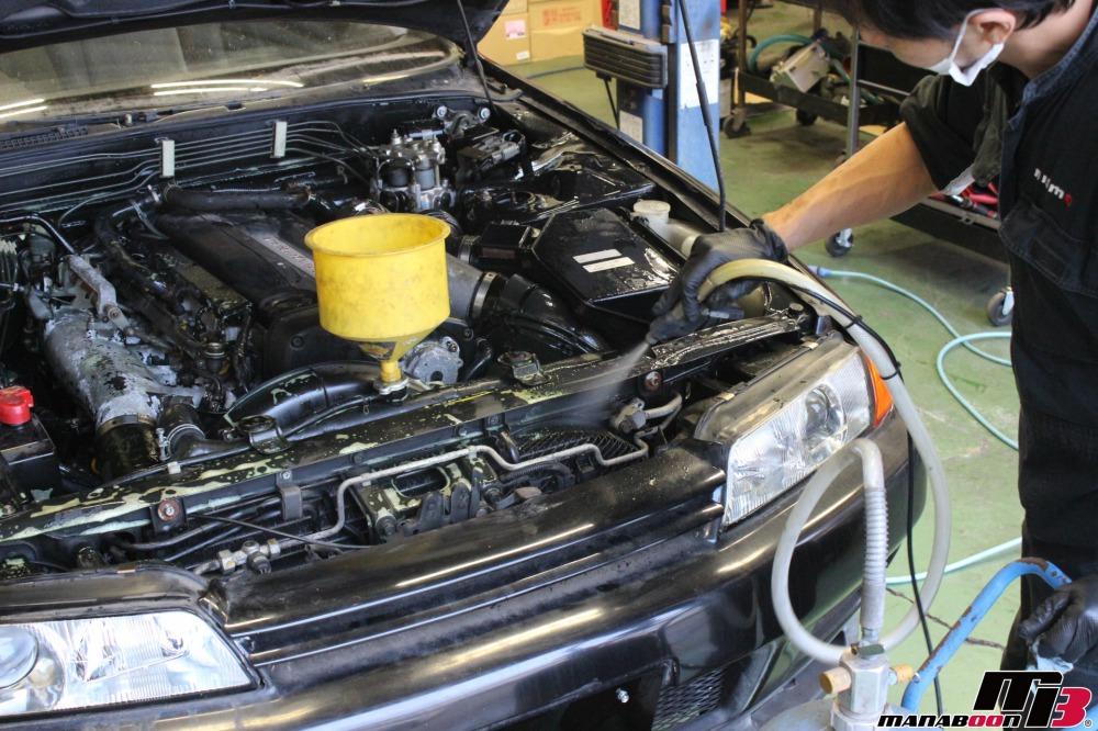 スカイライン(BNR32)不動車の整備作業の画像