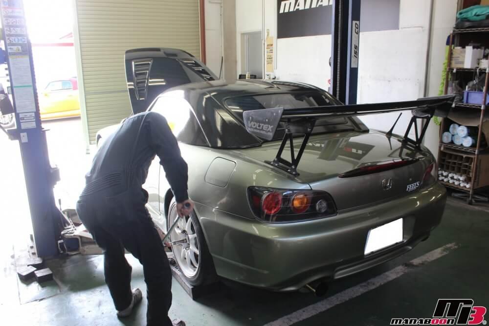 S2000点検整備作業の画像