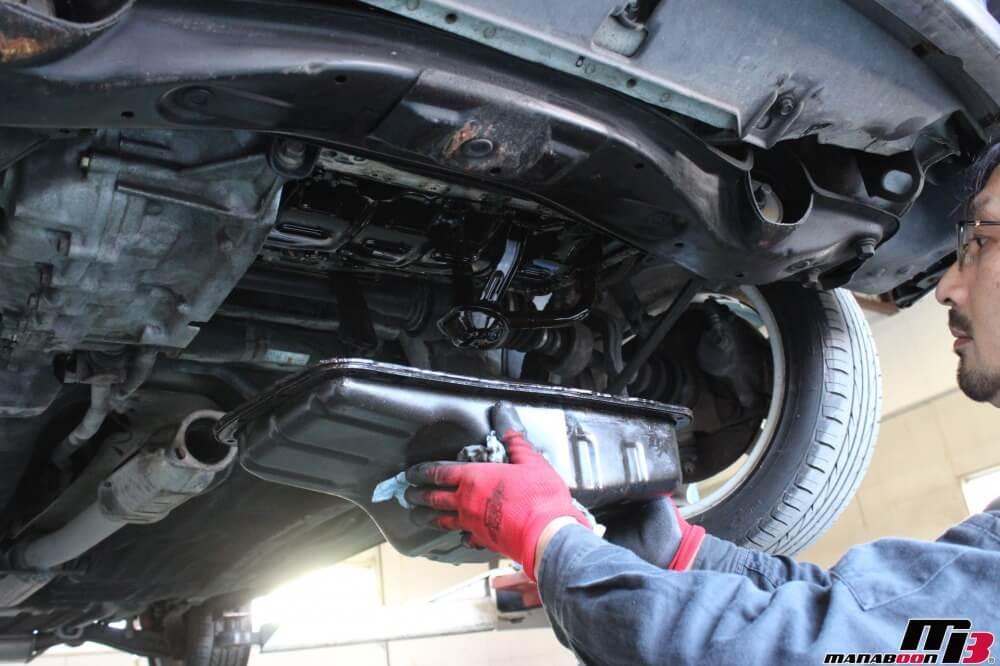CR-X(EF8)オイル漏れ修理作業の画像