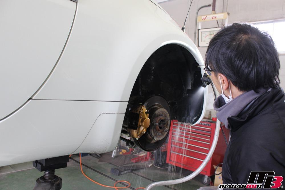 東京 神奈川スポーツカー点検整備作業の画像