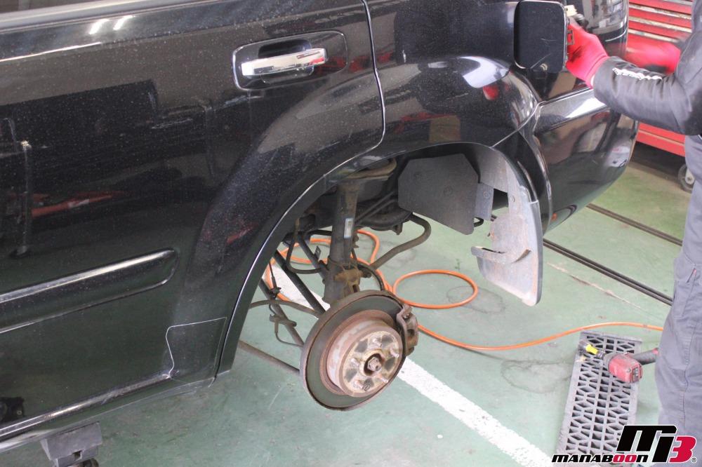 エクストレイル ガソリン漏れ修理作業の画像