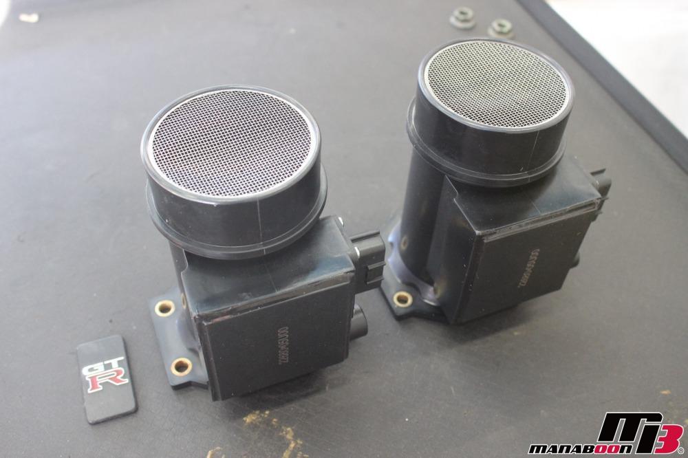 スカイラインGT-Rエアフロセンサー交換作業の画像