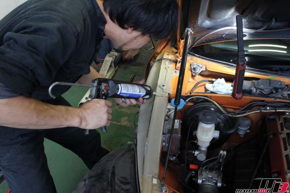 S2000雨漏れ修理作業の画像