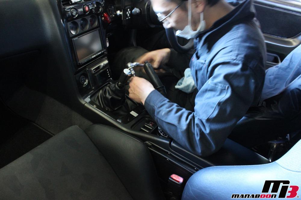 スカイラインGT-Rパッド&ローター交換作業の画像