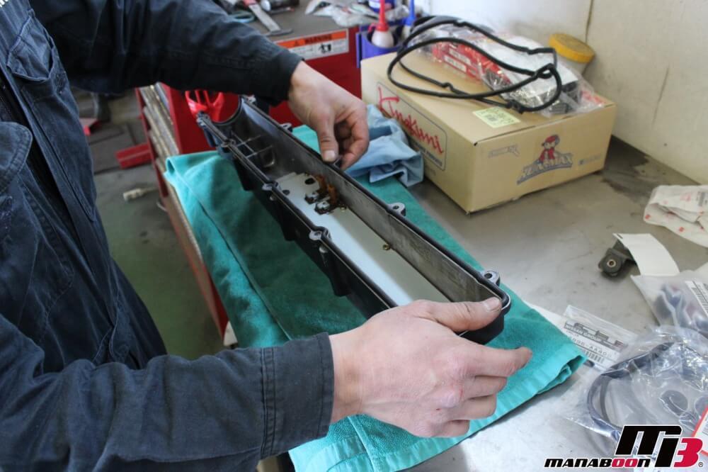 スカイラインGT-Rタイミングベルト交換作業の画像