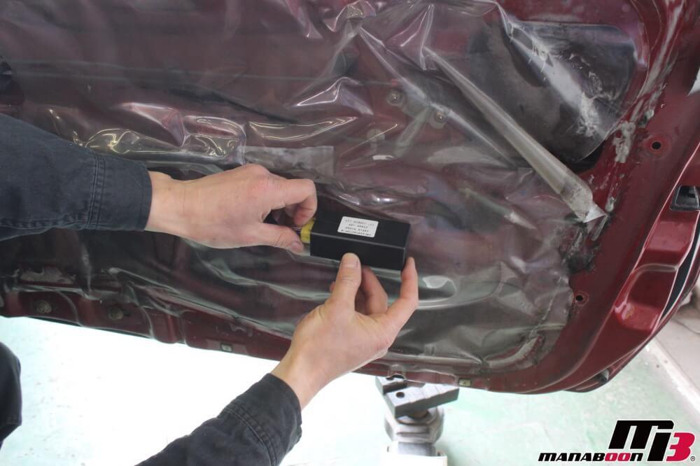 スカイラインGT-Rパワーウィンドウ修理作業の画像