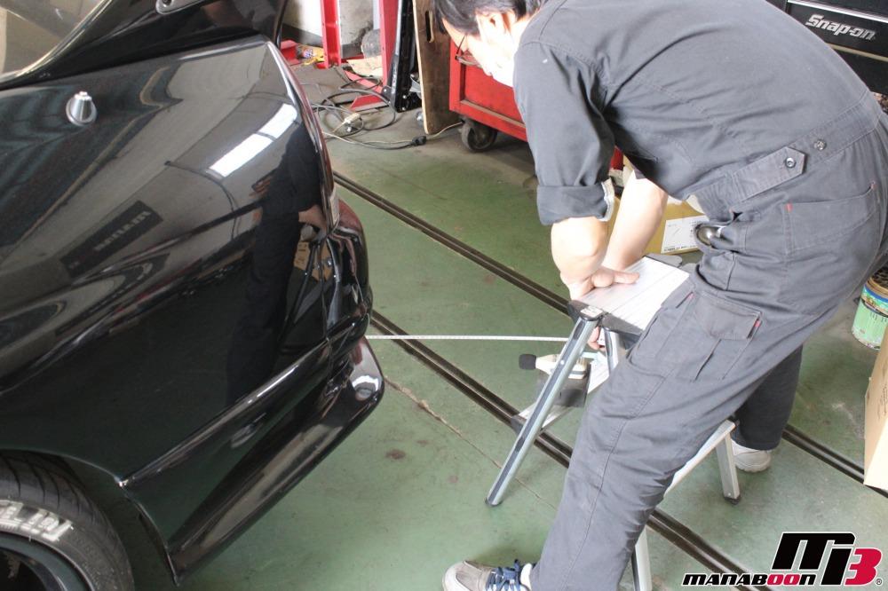 スカイラインGT-R車検前の点検整備作業の画像