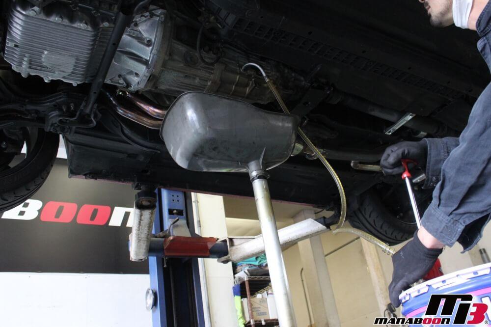 S2000エンジンローマウント化作業の画像