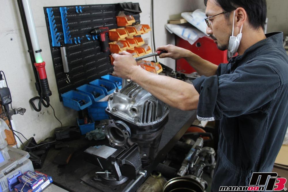 R32スカイラインデフ交換作業の画像