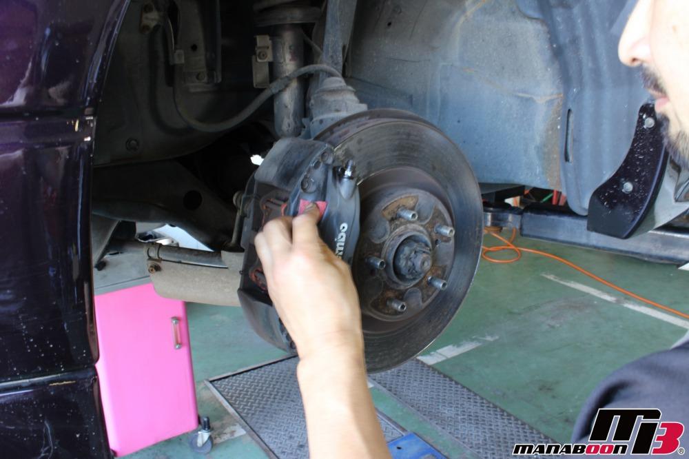 スカイラインGT-R買い取り車両点検整備作業画像